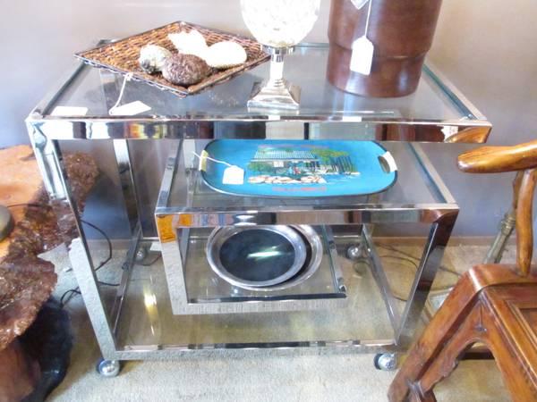 Milo Baughman Glass Chroms Bar Cart_895_1