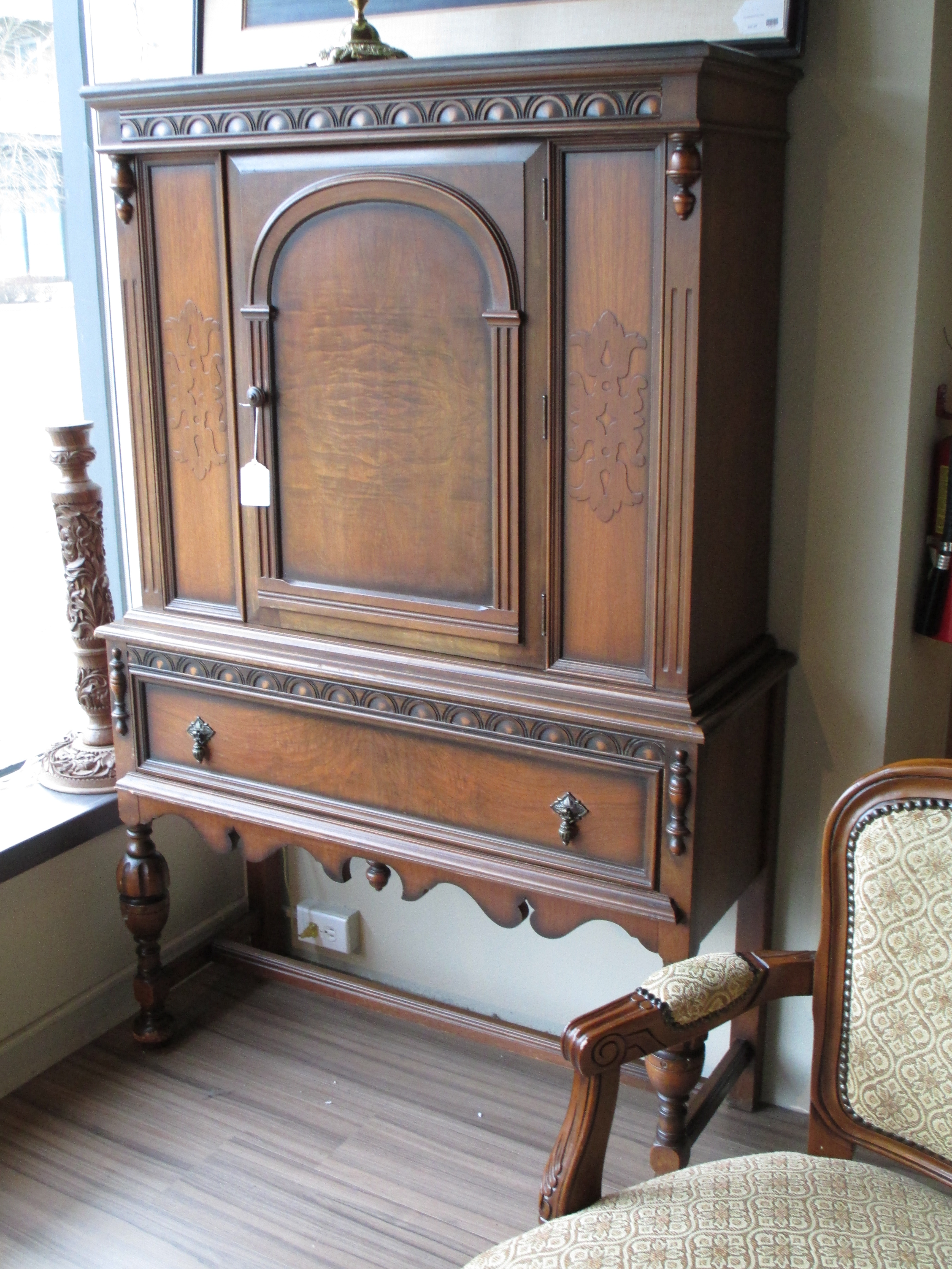 Armoire ballard consignment for Furniture consignment seattle
