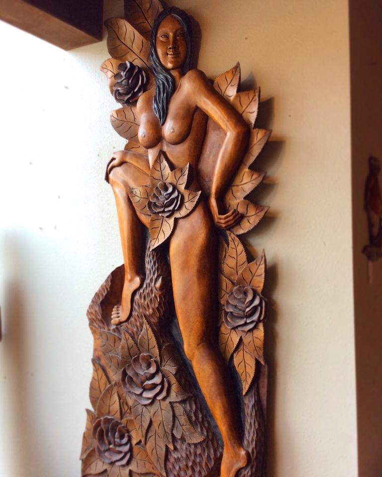 tikisculpture